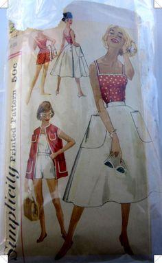 Vintage 1950s Simplicity 2528 misses wrap around by Denisecraft, $7.99