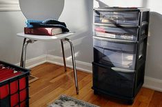 That kind of materials are the best. We need accessible plastic storage drawers at our reach for frequently accessing the essential items. Plastic Storage Drawers, Set Of Drawers, Drawer Cart, Rolling Storage Cart, Drawer Organisers, Top, Drawers, Crop Tee