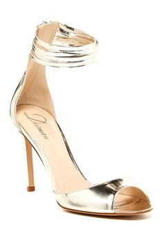 Delman Ali metalli heels