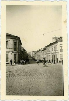 Lubartowska i Kowalska Jewish History, My Kind Of Town, Historical Pictures, Countries Of The World, Cityscapes, Art And Architecture, Old Things, Street View, Landscape