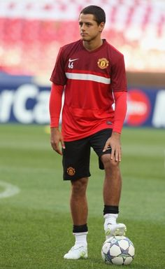 Soccer Players, Football Team, Louie Vito, Manchester United Images, Dream Guy, Attractive Men, Cute Boys, Pretty People, Athletes