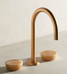 Zen Deck Mounted Basin Mixer Finish in Brushed Gold with Honey Onyx Handle. Zen offers a uniquely pure form free of the traditional fixings and rosettes. Kitchen Taps, Kitchen And Bath, Bathroom Renovation Cost, Zen, Living Dining Combo, Watermark Design, Brass Tap, Basin Taps, Bathroom Colors