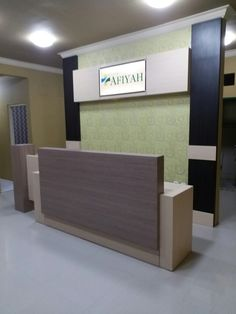 resepsionis klinik
