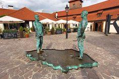Urinating statues by David Černý | Prague, Czech Republic.