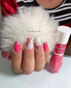 17 Desenhos para unhas perfeitos Diva Nails, Fun Nails, Nail Polish Designs, Nail Art Designs, Yellow Nails, Creative Nails, Perfect Nails, Manicure And Pedicure, Nail Arts