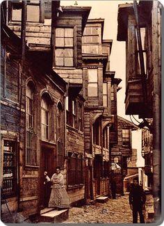 Beyoğlu (Pera) Bir sokak - 1912
