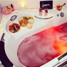 56 New ideas for bath boms lush bubbles tubs Spas, One Photo, Lush Bath Bombs, Lush Cosmetics, Homemade Cosmetics, Dream Bath, Lush Products, Relaxing Bath, Just Relax