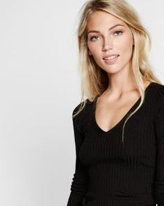 wide ribbed v-neck sweater