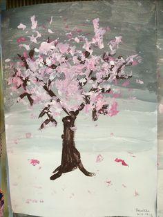 Αμυγδαλιά: φόντο σε τονικές αποχρώσεις του γκρι, με τέμπερα. Κορμός και κλαδιά με καφέ τέμπερα. Λουλούδια με οδοντόβουρτσα και άσπρη και ροζ τέμπερα.  Νηπιαγωγείο Καλλιθέας Ηρακλείου Winter, Painting, Art, Winter Time, Art Background, Painting Art, Kunst, Paintings, Performing Arts
