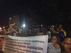 """26 de mar. de 2014 / """"En la Churuata la gente se concentra a esta hora."""""""