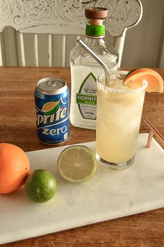 Skinny Margarita Recipe - Sprite - Ideas of Sprite - If you are looking for a skinny margarita recipe click over to get this super simple skinny margarita recipe that you can customize to however you like it. Party Drinks, Fun Drinks, Healthy Drinks, Alcoholic Drinks, Beverages, Healthy Detox, Easy Detox, Diet Drinks, Healthy Food