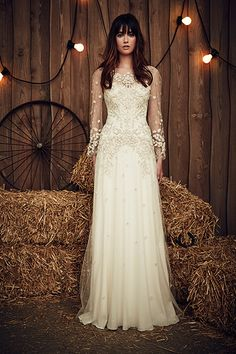Wedding gown by Jenny Packham.