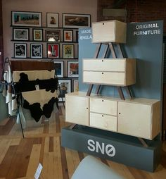 A great looking display from the SNO collection @DEVOTEDTOatredbrickmill #elegance #quality #madeinengland