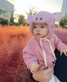 Cute Funny Babies, Cute Asian Babies, Korean Babies, Asian Kids, Cute Kids, Cute Little Baby, Little Babies, Baby Tumblr, Father And Baby