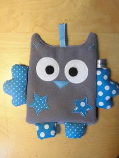 Doudou dish – blue dotted owl – creation baby handmade: Games, stuffed animals, comforters by melomelia by sabinekueck Owl Crafts, Baby Crafts, Diy And Crafts, Baby Couture, Couture Sewing, Baby Sewing Projects, Sewing For Kids, Fabric Toys, Fabric Crafts