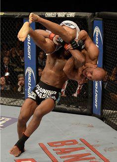UFC® 168 Weidman vs Silva II