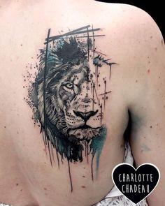 #labobinetattooclub #charlottechadeau #marseilletattoo #tattoo #liontattoo #graphicrealism #graphictattoo #watercolortattoo