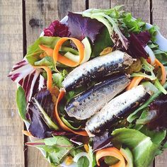 Scale-free and ready to eat! Top your favorite bed of greens with #WildPlanet sardines for a meal packed with protein, omega 3s, iron, potassium and more. [#regram from @merit_and_fork]
