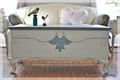 When hubby inherited a blanket chest from his Aunt Marion, he put his foot down and told me I couldn't touch it with a paint brush. Well, after several pieces of furniture got a makeover in our home, he relented to my constant begging to re-do the vintage chest.Here she iswearingher new colors … Aunt …