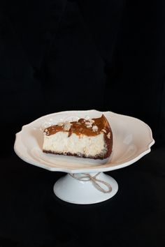 Caramel cheesecake with haselnuts Best Cheesecake, Caramel Cheesecake, Cheesecakes, Tiramisu, Ethnic Recipes, Desserts, Food, Tailgate Desserts, Deserts