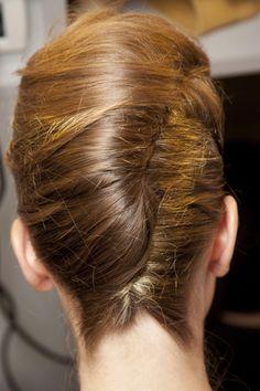 classic french twist with a twist (short hair at the nape) Twist Braid Hairstyles, Twist Braids, Up Hairstyles, Wedding Hairstyles, Fishtail Plaits, Crown Braids, Beehive Hairstyle, Updos Hairstyle, Messy Braids