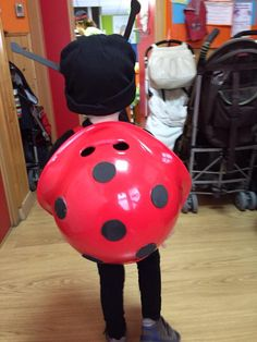 The Bilibo Ladybug :-) Thanks to Isabel for sharing! #bilibo #openended #freeplay #moluk #imagination #costume