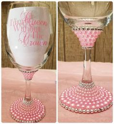 Queen W/out The Crown Wine Glass, Personalized Wine Glass, Birthday Wine Glass, Bridesmaid Gift, Bac Glitter Wine Glasses, Diy Wine Glasses, Decorated Wine Glasses, Painted Wine Glasses, Glitter Wine Bottles, Liquor Bottles, Champagne Glasses, Wine Glass Crafts, Wine Bottle Crafts