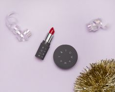 Day 1: Stowaway Cosmetics For nights out on the town, we're gifting 25 ringly.com shoppers this right-sized sized Crème Lipstick and Pot Rouge. #Ringly7Days