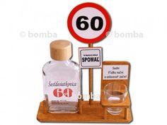 Dopravná značka 60 rokov je pekný a hlavne praktický darček pre každého 60-ročného oslávenca.