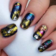 The nail art possibilities are indeed infinite with the Formula X Infinite Ombre Nail Design Set. Follow the instructions in this how-to and recreate the design for your nails.
