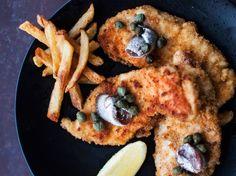 Wieninleikkeet broilerista / Chicken schnitzel / Kotiliesi.fi / Kuva/Photo: Riikka Hurri/Otavamedia