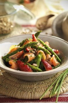 recomiendo recetas para adelgazar fáciles apetitosas! I Love Food, Good Food, Cooking Recipes, Healthy Recipes, Food Art, Green Beans, Tapas, Food And Drink, Health Fitness