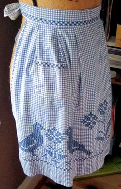 Chicken scratch apron from the 60's