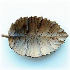 wooden leaf bowl, vintage