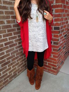 definitely looks like an outift I would wear. love the red shawl and boots!