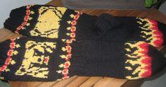 karhu ja liekit Knit Crochet, Blanket, Knitting, Tricot, Breien, Ganchillo, Stricken, Weaving, Blankets