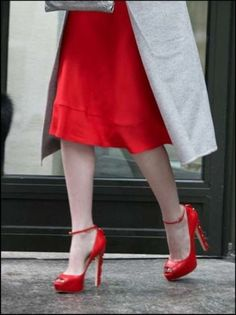 Emma Stone in Brian Atwood Shoes. No, I love these shoes!!