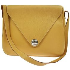 Preowned Hermes Mustard Leather Large Travel Carryall Shoulder Bag (€2.840) ❤ liked on Polyvore featuring bags, handbags, shoulder bags, messenger bags, yellow, brown leather shoulder bag, shoulder messenger bag, brown shoulder bag, courier bag and shoulder bag