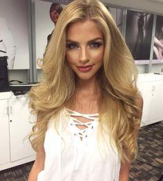 """Mi piace"": 31.7 mila, commenti: 241 - Marina Laswick (@marooshk) su Instagram: ""Nothing better than  hair  @makeupbynikkilarose """