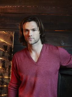 Jared Padalecki 3.000×4.000 píxeles that's a biiig picture... his face is almost has big as my screen