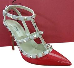 3436c210628f9 Valentino Red Garavani Rockstud Rockstuds Patent Leather 38 Pumps Size US 8  Regular (M
