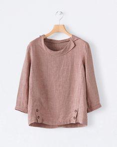 Image of Round collar linen top – Linen Dresses For Women Kurta Designs, Blouse Designs, Blouse En Lin, Western Tops, Collar Blouse, Short Tops, Linen Dresses, Tunic Dresses, Dress Outfits