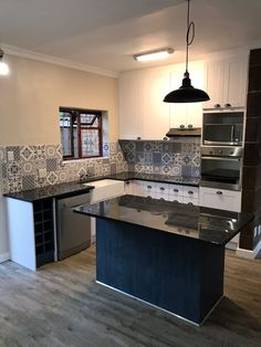 Cooking with Coifa: Projects, Tips and Beautiful Photos! - Home Fashion Trend Cooker Hoods, Granite Kitchen, Cabinet Doors, 3d Design, Profile, Satin, Island, House Styles, Kitchens