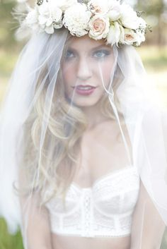 Floral crown and veil