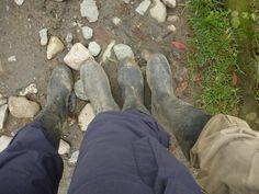 Meine Füße tanzen um die Welt | Little Miss Itchy Feet Feet, Hiking Boots, Combat Boots, Army, Dance, Gi Joe, Military