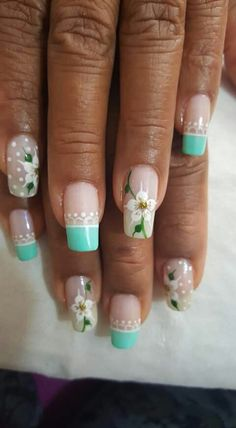 Nails Nail Polish Art, New Nail Art, Cute Nail Art, Beautiful Nail Art, Gorgeous Nails, Pretty Nails, Beautiful Nail Designs, Daisy Nails, Flower Nails