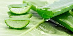 Saggin Skin Remedies (c)-Aloe-Vera-Gel-For-Skin-Tightening - As we grow old, our skin starts losing its natural elasticity, which leads to sagging. Here are effective home remedies for skin tightening to help you out Pele Natural, Salud Natural, Natural Skin, Natural Beauty, Gel Aloe, Aloe Vera Gel, Home Remedies For Skin, Natural Remedies, Aloe Vera For Face