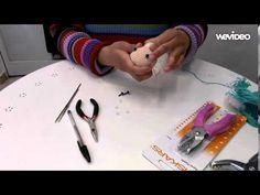 Colocando ojitos de seguridad en los amigurumis - YouTube