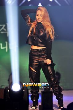 cl on stage