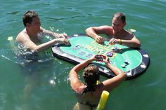 Floating Poker | 22 Ridiculously Awesome Floats